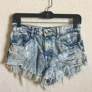 Distressed acid wash jean high waisted shorts